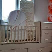 Продам детскую-трансформер кровать + два матраса, в Ангарске