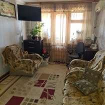 Продается 2-х комнатная квартира возле магазина Рассвет, в г.Шымкент