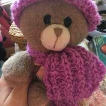 Мишка +шарф и шапка, в Перми
