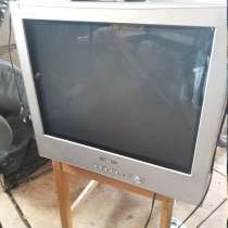 Телевизор Samsung и Gold Star с пультами, в Королёве