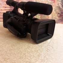 Продаю видеокамеру СОНИ, все данные указаны на 4 фото, в Сыктывкаре