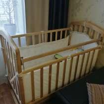 Продам детскую кроватку, в Саратове