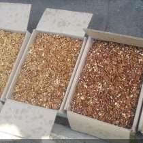 Орехи грецкие чищенные, в Санкт-Петербурге