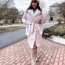 Дизайнерское пальто, в г.Нарва
