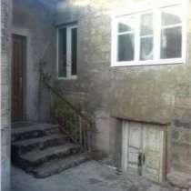 Дом с участком в Ереване, в г.Ереван