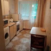 Сдам двухкомнатную квартиру на длительный срок, в Челябинске