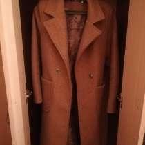 Продам пальто, носила только 3 4 дня, почти новый, в г.Усть-Каменогорск