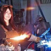 Сварка металло-конструкций, в Бору