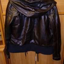 Продам отличную куртку на весну и осень, в Санкт-Петербурге