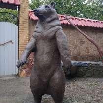 Скульптура медведя, в г.Макеевка