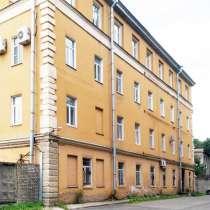 Отдельно стоящее здание 2270 кв. м на улице Калинина сдается, в Санкт-Петербурге