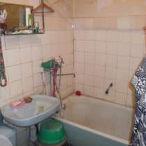 Продам двухкомнатную квартиру, Челябинск, ул. Комаровского,5, в Челябинске
