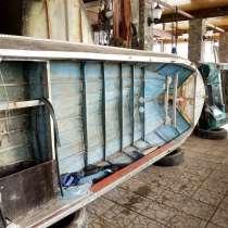 Лодка моторная с лодочным мотором, в Перми