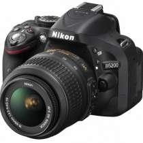 Nikon D5200 +штатив tr380, в г.Бишкек