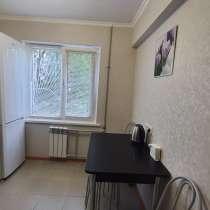 Посуточно 2-к квартира, 45 м², 1/5 эт. Ставропольская 171, в Краснодаре