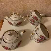 Чайный сервиз Гоpoдницкoго фаpфopoвoго завода 1970-e, в Москве