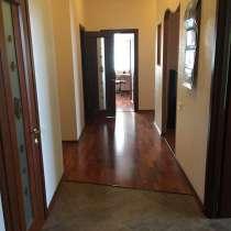 Продам 4-х комнатную квартиру в Донецке , в г.Донецк