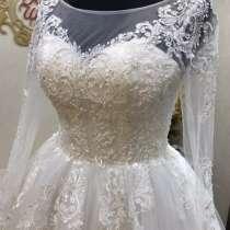 Свадебное платье 42-44, в Волгограде