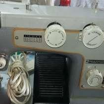Швейная машина Подольск-142, эл. привод, в Красноярске