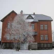 МЕНЯЮ дом 412 кв м с уч 25 сот на дом меньший по площади с вашей доплатой 7 млн р, в Москве