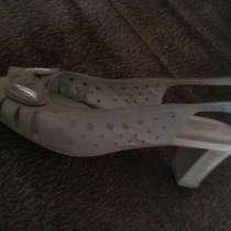 Продам женскую обувь великан 42-43 размера, в г.Усть-Каменогорск