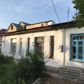 Дом / Квартира барачного типа с участком (прим. 2 - 3 сотки), в г.Бишкек
