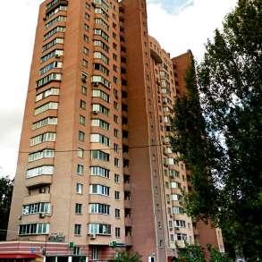 Сдам комнату 20 кв. м. в доме на пр. Леся Курбаса 7а, в г.Киев