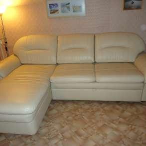 Продам кожаный диван, в отличном состоянии, в Красноярске