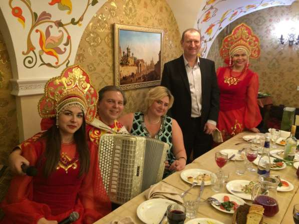 Ведущий юбилея Виктор Баринов в Королёве фото 9