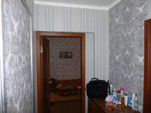 В Кропоткине 2 комнатная квартира в МКР, 50 кв. м 3/9