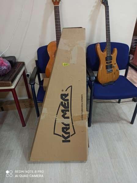 KRAMER Гитара из США в фото 6