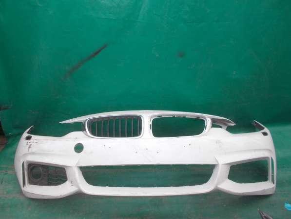 Белый бампер BMW f30