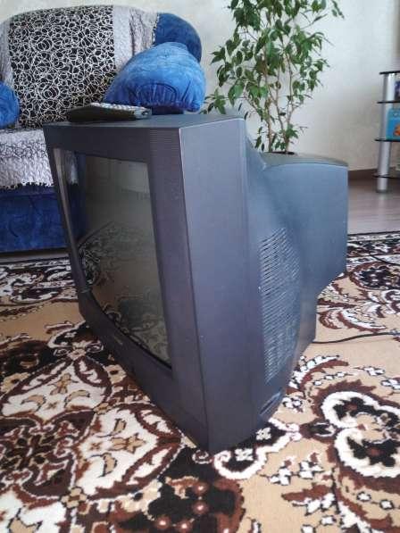 """Телевизор """"Samsung"""". Диагональ-51 см"""