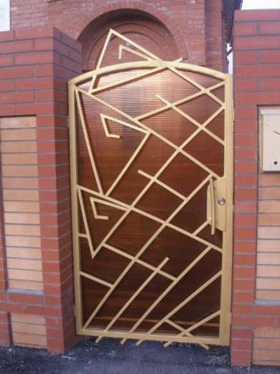 Металлические двери, ворота
