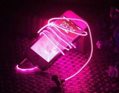 Необычные, яркие, стильные наушники Glow