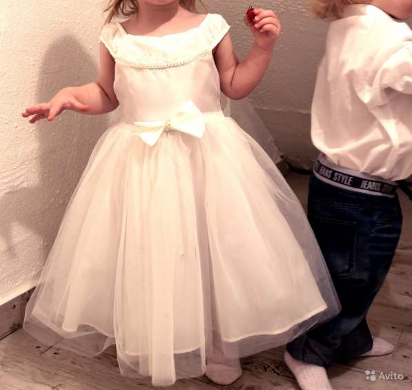 Платье на праздник, свадьбу
