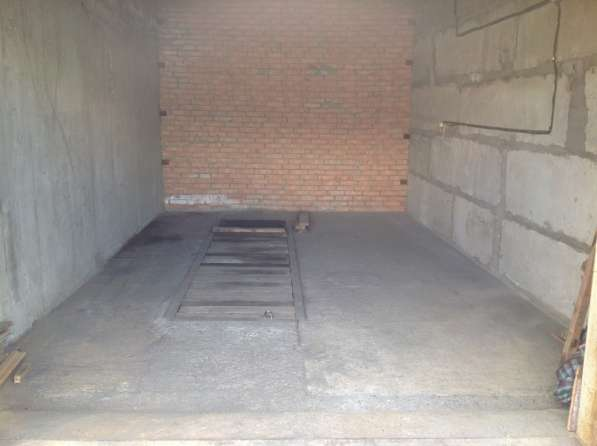 Продам охраняемый гараж,25 м2 в мкр. Солнечный, ворота 2,30м