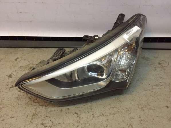 Фара левая ксенон Hyundai Santa Fe 12-