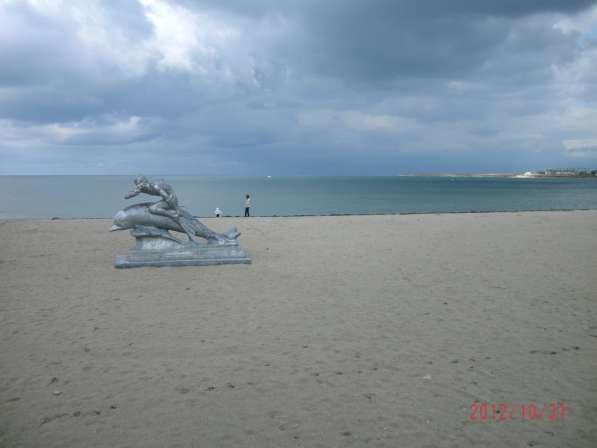 Участок в СНТ пос. Черноморское,2.5 км.от моря, коммуникации