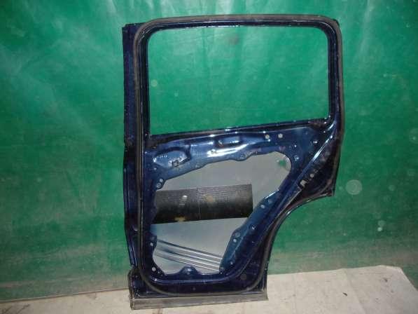 Volkswagen Tiguan Дверь задняя Right