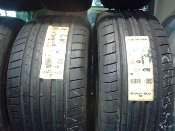 Новые комплект 255 35 20 спортмакс GT данлоп
