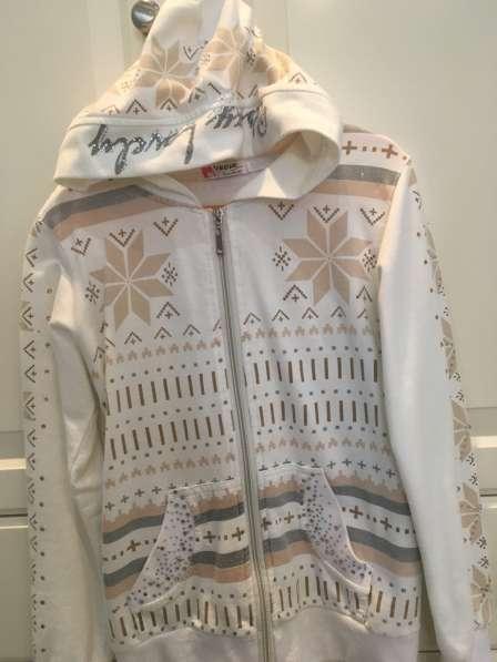 Х/б куртка для девочки (рост 140-146 см)