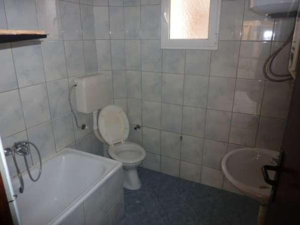 Двухэтажный дом в городе Бар. Черногория. Без комиссии в фото 3