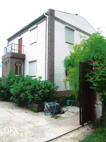 Продается загородный дом у самого моря
