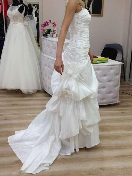 Свадебное необычное платье с пионами, 42-44.13000 руб в Краснодаре фото 4