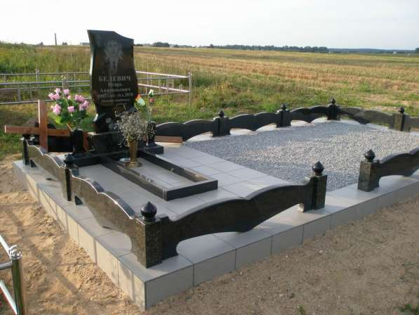 Благоустройство, укладка плитки на могилу Любань в фото 4