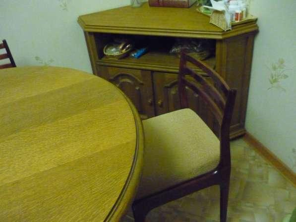 Обеденный он же столовый,он же гостинный.кухонный стол масси