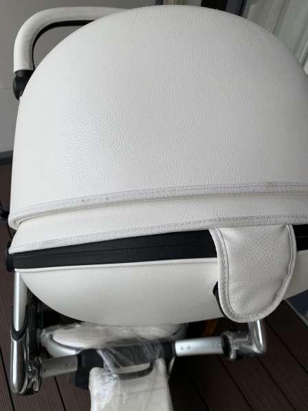 Коляска Mima Xari (белая), 400 фунтов в