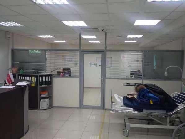 Стеклянные перегородки офисные, мобильная перегородка в Екатеринбурге фото 8