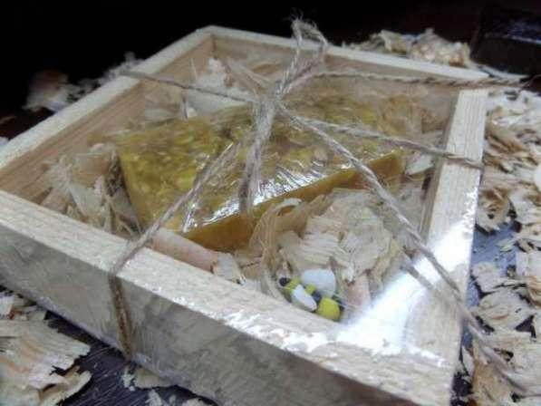 Натуральное медовое мыло с овсянными хлопьями ручной работы